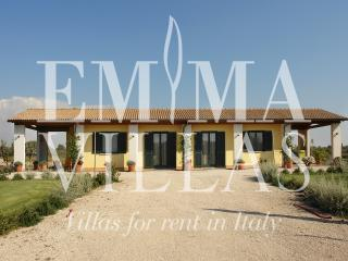 Casa Morelli 8 sleeps, Emma Villas Exclusive