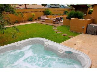 Oldtown Private Home- Pool/Spa/Fire Pit/Nightlife, Scottsdale
