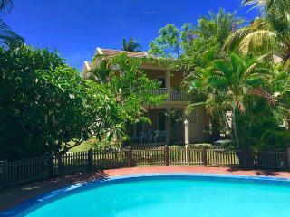 FLIC EN FLAC : Villa bord de mer & piscine (34)
