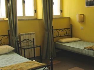 Una delle stanze più piccole, da 2 o 3 posti.