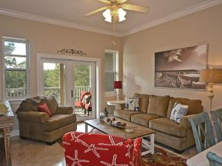 Beach condo newly furnished! Short walk to Seaside! Free use of beach chairs!, Seagrove Beach