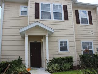 Lucaya Village - Luxury Townhome (1509), Kissimmee