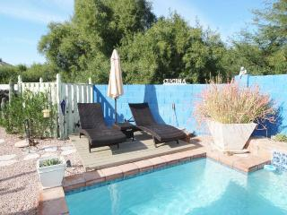 Beautiful Home with Private Pool/ Family Fun, Phoenix