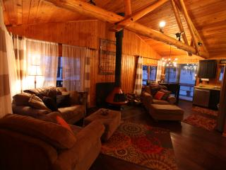 Perfect Cabin for Outdoor Enthusiast, Cohasset