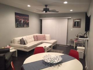 Modern, Fully Furnished, Old Town Scottsdale, Phoenix