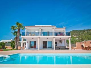 SA Carroca tapa vista, Ibiza Town