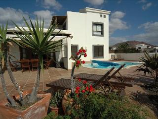 3 bedroom Villa in Playa Blanca, Canary Islands, Spain : ref 5455544