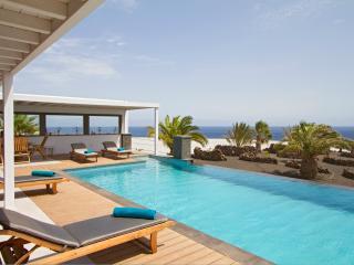 Puerto Calero Villa Sleeps 6 with Pool - 5825249