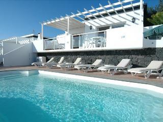 3 bedroom Villa in Puerto del Carmen, Canary Islands, Spain : ref 5455541