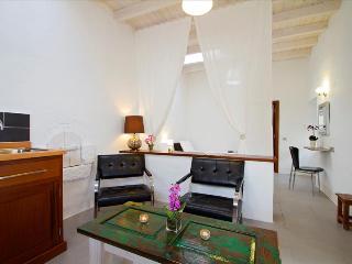 Studio LVC206330, Tiagua