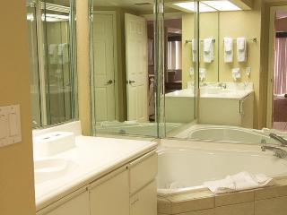 Apartamento /2 quartos, 2 Banheiros, Acomoda 8, Orlando