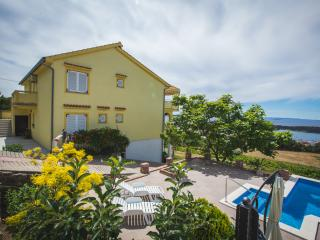 TH02808 Apartments Lidija / Two bedrooms A1 Yellow, Rab Island