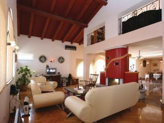 TH01008 Apartment Nikola / Five bedrooms A1, Labin
