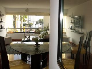 Centrally Located Miraflores Apartment, Lima