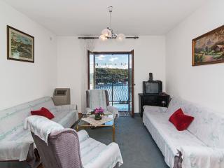 TH00234 Apartments Franko / Comfort one bedroom A1, Pula