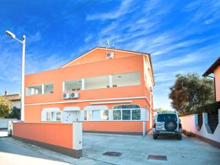 TH00425 Apartments Orange / Light two bedroom apartment A3, Medulin