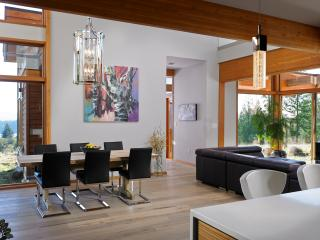 main living area showing dining table