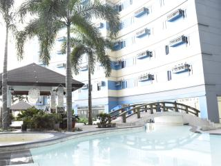 Short-Stay Studio condo near La Salle, Manila