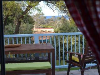 45 Culgoa- ocean views & 5 mins to beach :), Pambula Beach