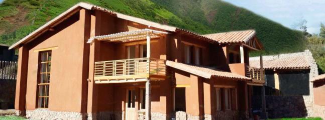 Foto panorámica de la casa.