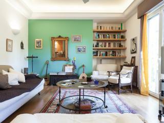 Living Room (other angle)