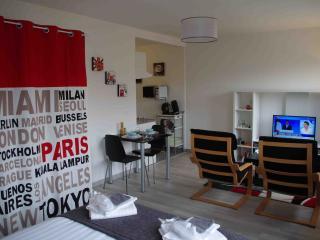 Grand studio neuf - proche des gares de Lille, La Madeleine