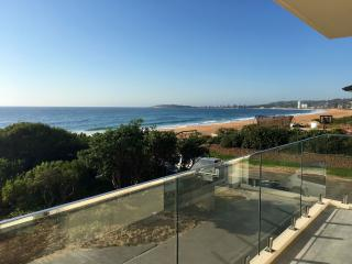 Narrabeen Beachfront Retreat, North Narrabeen