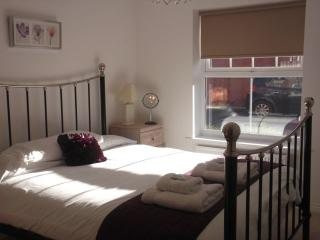 Ground Floor, 2 bedroom apartment, Chester