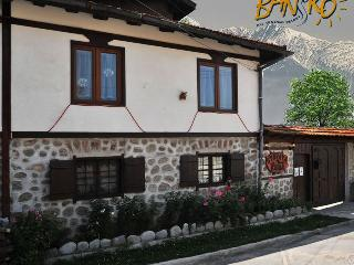 Cosy traditional style house, Bansko