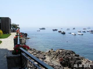 Simple a dream! Private access to the sea