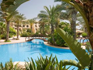 2 Bedroom Residence within 5 * Kempinski Hotel