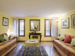 Appartement agréable&spacieux Campo S.Stefano VE, Venice