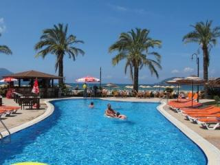 Seafront 2 Bedroom Apartment Sunset Beach 1494, Fethiye