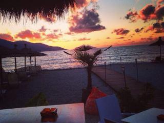 Vacation Rentals apartment in Radhima beach, Radhime