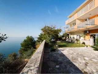 Luxury Beach Villa Super Horizont Apartments, Stobrec