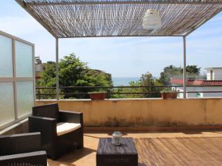 Attico Gianola, wi-fi, beach front property, Formia