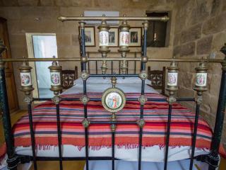 The Burrow Second Floor Twin En-Suite  & Patio, Tarxien