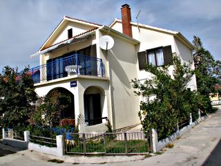 Holiday home up to 8 people near the sea Bianca