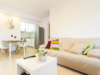 Modern apartment at 100m from the beach, Cala Millor
