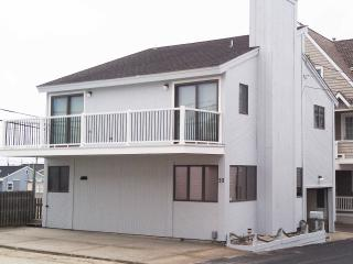 Beach block, 50' from Beach, 1st House in, Ocean views!
