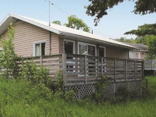South Cove Lodge offers hiking, biking, Golf