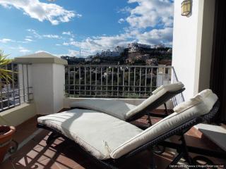 3 Bedroom Penthouse Los Arqueros Benahavis R103
