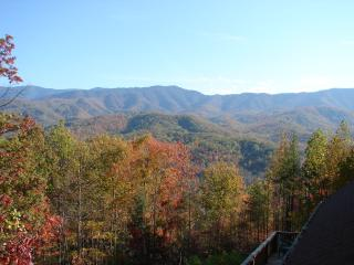 Gorgeous Views of Smoky Mountains National Park, Gatlinburg