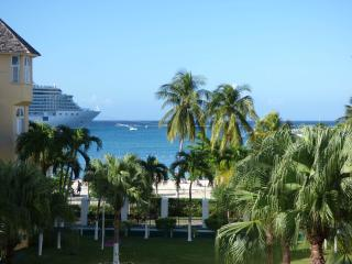 One Bedroom on the Beach V, Ocho Rios, JAMAICA