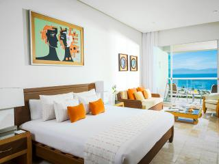 Luxury 2 bed Valentines 2017 rental Bliss Luxxe MX, Nuevo Vallarta