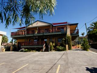 Anchors Aweigh - Queen Bed  B/Fast & Own Ensuite, Narooma