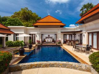 Stunning 4-bed pool villa, excellent location, Bang Tao Beach