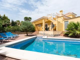 New 4 Bed Stylish Contemporary Villa with Stunning
