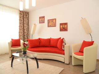 Cosy Red Apartment