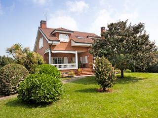 Casa Lluxo, Villaviciosa